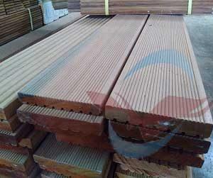 harga decking kayu Bengkirai Jumbo