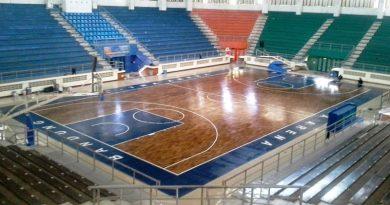 Proyek Pemasangan Lantai Kayu Lapangan Basket Bandung