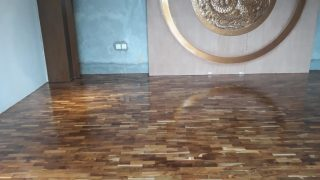 Lantai kayu jati Restoran Naga Denpasar bali 1