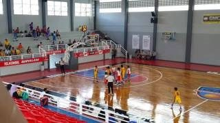 pemasangan lantai kayu GMC Arena lapangan basket