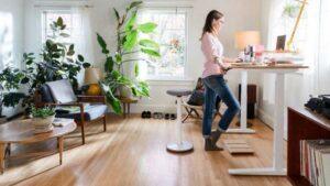 manfaat menggunakan lantai kayu di rumah