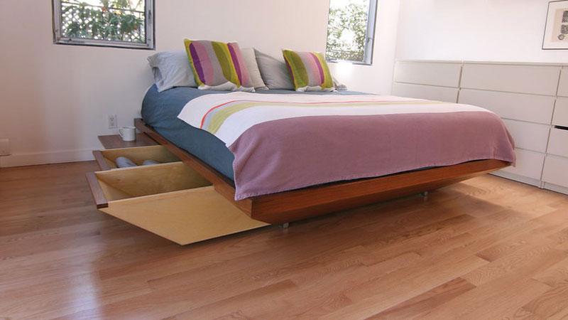 parket laminate biasanya sering dipakai untuk menutupi lantai dikamar tidur